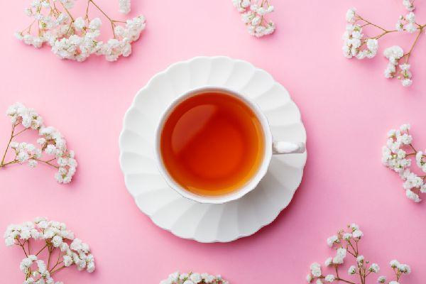 コーヒー、紅茶、緑茶に含まれるカフェイン量を比較