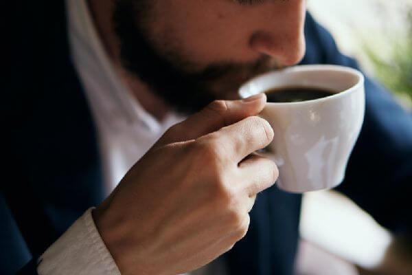 ホットコーヒーの味わいを比較(ドトール)