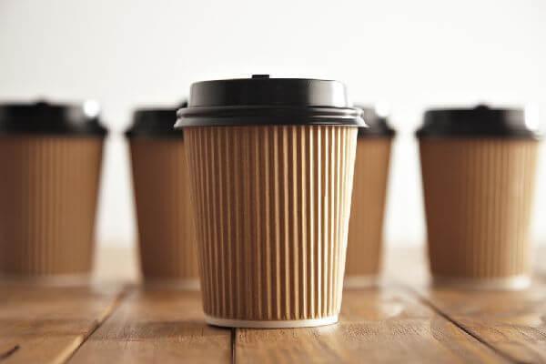 コンビニのカウンタコーヒーを売上額で比較