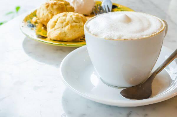 ミルクたっぷりのカフェオレに合うお菓子