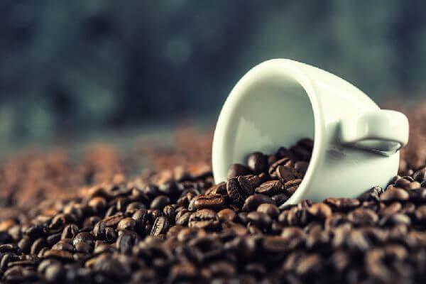 コーヒーの脂肪燃焼効果でダイエット効果プラス