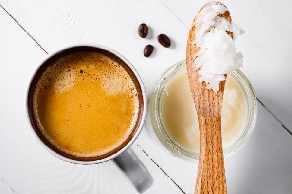 ココナッツオイルコーヒーとは