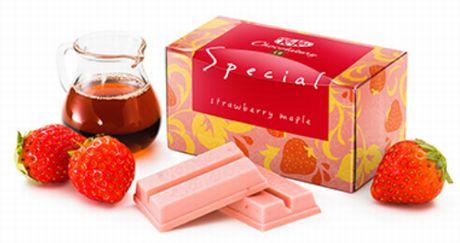 ●キットカット ショコラトリー スペシャル ストロベリーメープル 432円(税込)
