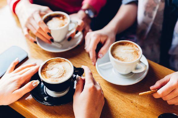 ネスカフェアンバサダーとウェルネスアンバサダーは専用マシンで本格コーヒーを楽しむネスカフェのサービス